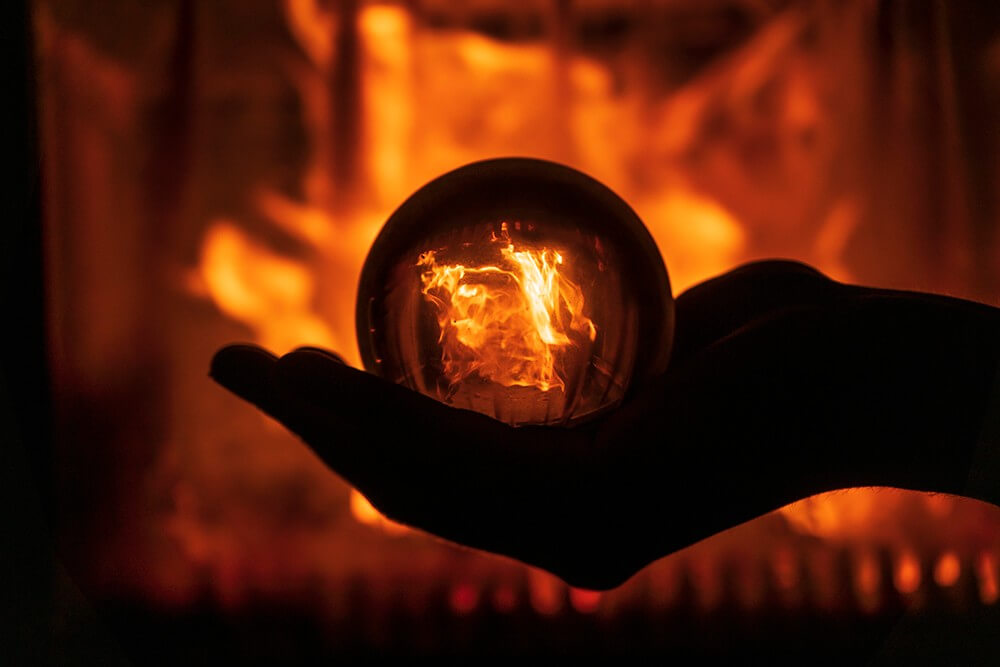 Fire lensball